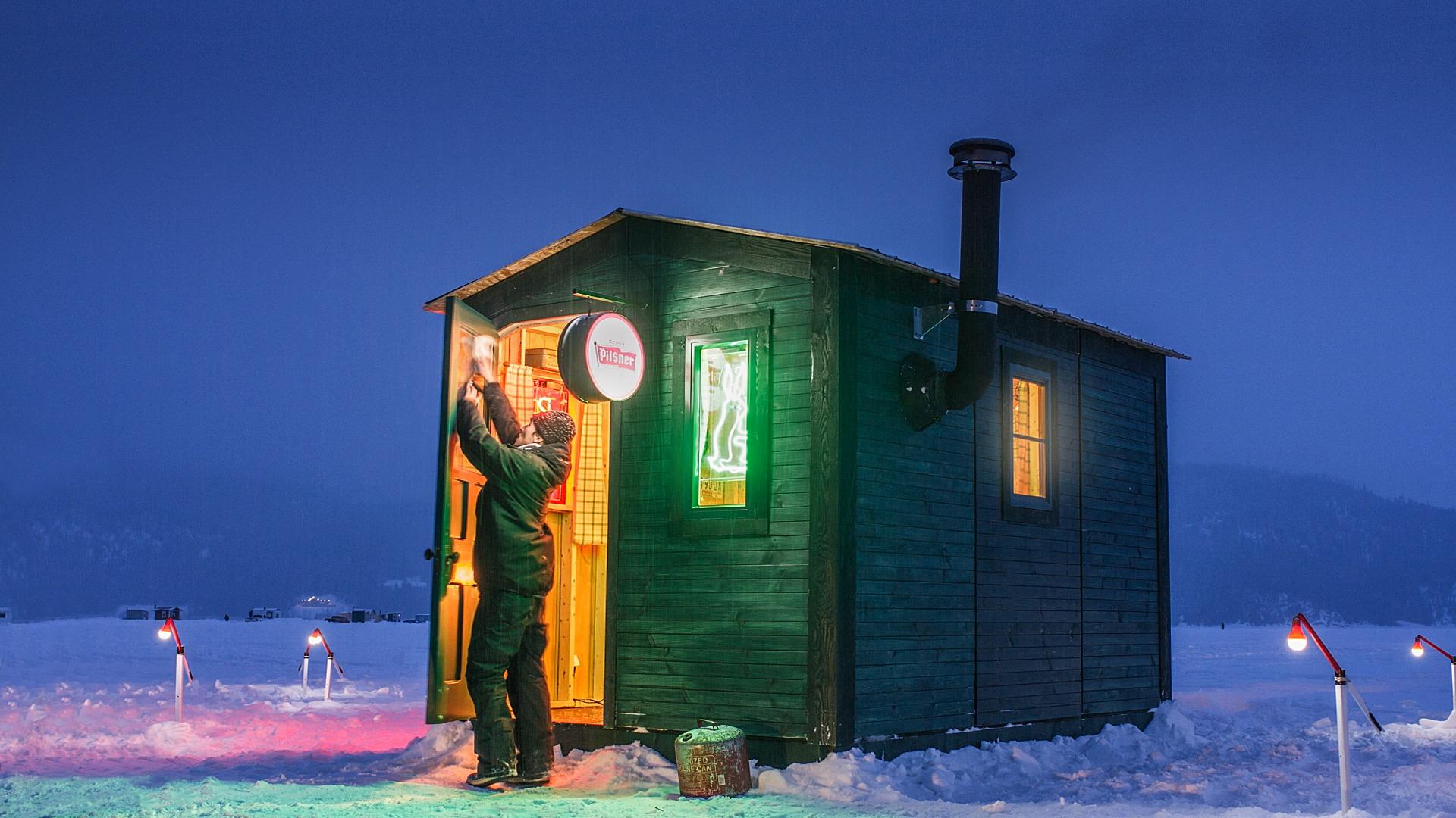 The ice fishing shack bar rethink canada for Ice fishing shacks